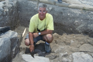 Eric_H._Cline_at_Megiddo